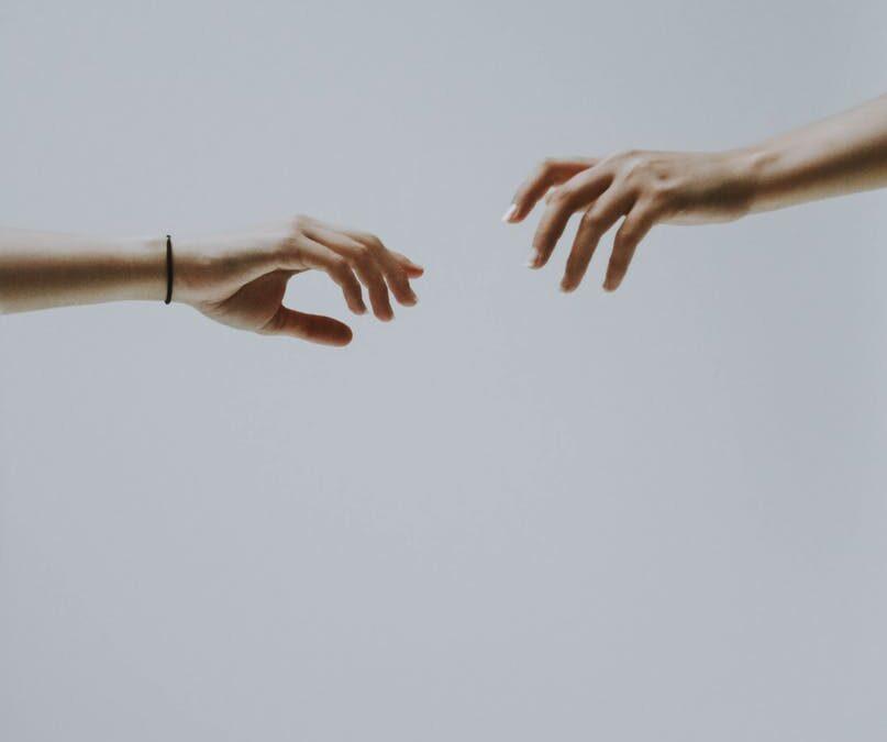 La dipendenza affettiva: l'illusione di possedere e la realtà dell'essere prigionieri di noi stessi.